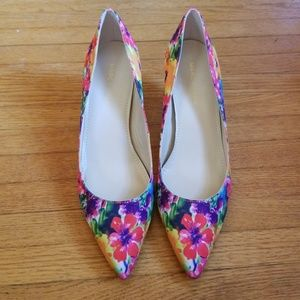 Marc Fisher Floral Heels Size 8.5M